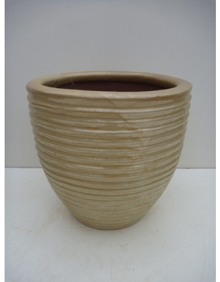 Ribbled Egg Pot